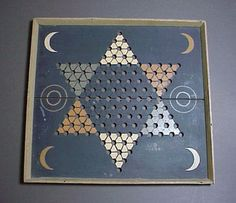 love this vintage game board