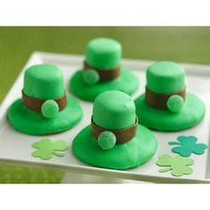 Leprechaun Hat Cookies  #St.Patrick's #Day #Desserts  #green #Irish