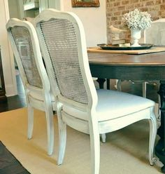Arte em Palha (Empalhamentos, Itu/SP)  11 97040-6441 / 11 4025-2175  #cadeira #cadeiradepalhinha #palhinha #branca #silla #rejilla #chair #chaircaning #white #back #vintage #cottage #country #style #lovely #decor #decorate #decoração #decorations #interiors #instadecor #bomdiaaa #bomdiaa #bomdia #bonjour #buongiorno #buendia #goodmorning #follow4follow #furniture