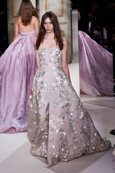 Giambattista Valli - Haute Couture - Spring 2013 - Spring 2013's Most Beautiful Haute Couture Gowns - StyleBistro