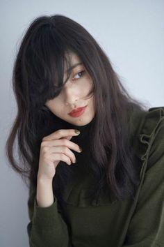 「早く髪の毛伸ばしたいな♡」恋を誘うヌーディロングヘア18連発|MERY [メリー]