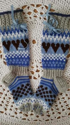 Knitting Socks, Fingerless Gloves, Arm Warmers, Crocheting, Slippers, Ankle, Accessories, Fashion, Stockings