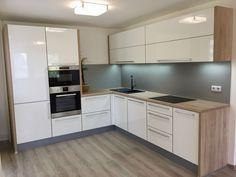 Home Decor Kitchen, Kitchen Interior, Home Kitchens, Kitchen Cabinet Remodel, Modern Kitchen Cabinets, Gloss Kitchen, Kitchen Modern, Kitchen Design Open, Kitchen Cabinet Design