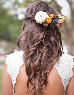 30 coiffures qu'on peut faire seule pour un mariage | Glamour