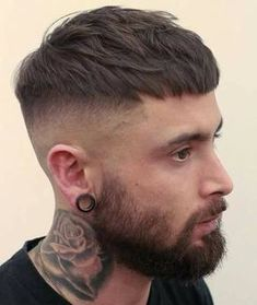50 Stylish Short Hairstyle for Men – Men's Hairstyles and Beard Models Military Haircuts Men, Haircuts For Men, Mens Crop Haircut, Barber Haircuts, Beard Haircut, Great Hairstyles, Hairstyles Haircuts, Hairstyle Ideas, Mens Thin Hairstyles