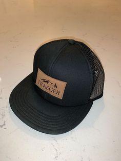 b30459180805f NEW Original TRAEGER Pellet BBQ Smoker Adjustable Snap Back Trucker Hat  Black  fashion  clothing