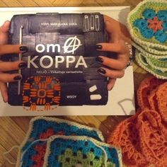 Käsityö Onni: Uusi oma KOPPA Crochet, Books, Libros, Chrochet, Book, Crocheting, Book Illustrations, Knits, Libri