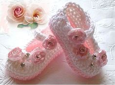 Crochet Baby Booties in  Pink and White ❤ by TippyToesBabyDesigns, $25.00