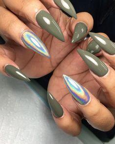 Pinterest: @sabrinanarend  Nails by rhinarifficnails