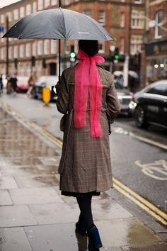 On the Street…Bloomsbury, London (The Sartorialist) Scott Schuman, Margaret Howell, Sartorialist, Double Breasted Jacket, Fashion Show, Fashion Trends, Fashion Details, Work Looks, Street Photo