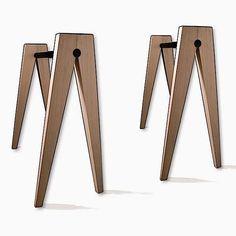 Tréteaux DOUBLE V en bois massif, hêtre, thermolaquage noir. Création Philippe Di Méo - déco et design - awp_details: