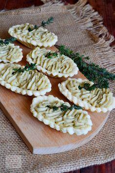 Tarte aperitiv cu ciuperci @FoodBlogs