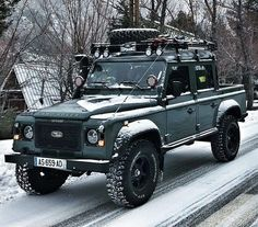 "3,104 Likes, 8 Comments - @landroverphotoalbum on Instagram: ""Ready for skiing By @travel_the_world74 #landrover #Defender110CrewCab #landroverdefender…"""