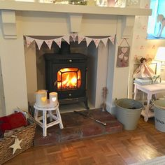 Cosy Winter, Front Rooms, Fireplaces, Cottages, Living Rooms, Shabby Chic, Xmas, Candles, Warm