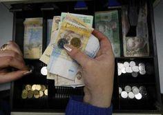 2月26日、金融市場で、ウクライナの通貨フリブナが1ドル=10フリブナに下落し、最安値を付けた。2010年2月撮影(2014年 ロイター/Konstantin Chernichkin) ▼26Feb2014 Reuters ウクライナ通貨が最安値、ドル建て国債も下落 http://jp.reuters.com/article/worldNews/idJPTYEA1P08B20140226 #hryvnia #hryvnya #Grivna #UAH #ukraine #ucrania