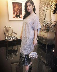 Kebaya Lace, Kebaya Hijab, Kebaya Brokat, Kebaya Dress, Kebaya Muslim, Dress Brokat Modern, Kebaya Modern Dress, Batik Fashion, Ethnic Fashion