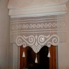 per lace curtain samples - uncinetto prezioso Risultati immagini per lace curtain samples - uncinetto prezioso Pair OF Antique Edwardian Filet Lace Curtain Panels 60 X 89 '' 152 X 228 CM Tulle Curtains, Crochet Curtains, Curtains With Blinds, Filet Crochet, Thread Crochet, Curtain Patterns, Curtain Designs, Lace Curtain Panels, Cross Stitch Bookmarks