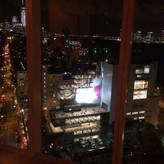 Max Mara regina a New York con la borsa disegnata da Renzo Piano - Foto e video - Gazzetta di Reggio