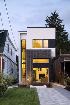 50 Narrow Lot Houses That Transform A Skinny Exterior Into Something Special