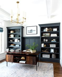 For Two Home Office Design Ideas. Therefore, the requirement for home offices.Whether you are planning on including a home office or refurbishing an old space right into one, right here are some brilliant home office design ideas to assist you get going. Home Office Space, Home Office Design, Home Office Decor, Office Designs, Small Office, Office Style, Home Office Lighting, Masculine Office Decor, Home Office Furniture Ideas