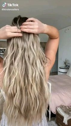 Curly Hair Tutorial, Hair Upstyles, Easy Hairstyles For Long Hair, Perm Hairstyles, Fall Hairstyles, Cute Simple Hairstyles, Hairstyles Videos, Fringe Hairstyles, School Hairstyles
