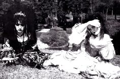 • Strawberry Switchblade's Rose and Jill, mid 80s. Interesting how they brought ancient costumes into (goth) fashion.