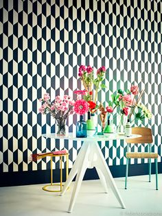 geometric black and white wallpaper Geometric Wallpaper, Wall Wallpaper, Black And White Wallpaper, Black White, Cole And Son Wallpaper, Wall Finishes, Color Of Life, Wall Treatments, E Design