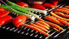Grøntsager på grill - disse er gode at grille Grilled Vegetables, Fried Rice, Squash, Broccoli, Carrots, Fries, Bbq, Kitchen, Food