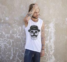 Gentleman never die! http://gleest.com/categoria-prodotto/uomo/t-shirts-uomo/
