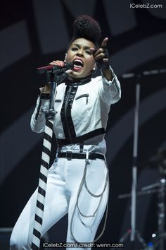 Janelle Monae And Ed Sheeran performing at V Festival 2014 - Chelmsford - Day 1 http://icelebz.com/events/ed_sheeran_and_janelle_monae_performing_at_v_festival_2014_-_chelmsford_-_day_1/photo3.html
