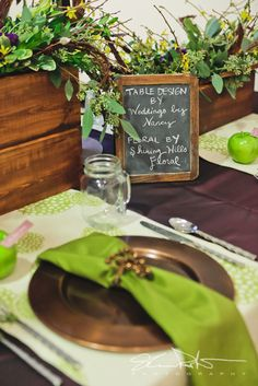 """using contrasting natural tones will help create that extra """"wow"""" on your reception tables  Table Design by Weddings By Nancy of La Crosse, WI - http://www.weddingsbynancy.com  Photo - Shannon Porter Photography http://www.portergraph.com"""