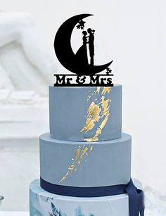 Cake Topper Non-personalized Classic Couple Acrylic Wedding Flowers Black Classic Theme 1 Gift Box 5249511 2017 – $11.74