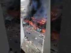 A viral post on social media makes the claim that in Nigeria, citizens are burning Chinese-owned shops in response to cases of harassment aga Paises Da Africa, Urban Setting, Aga, Burns, Shops, Chinese, Cases, Social Media, Tents