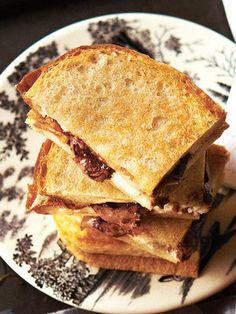 チョコレート&リコッタチーズのホットサンド