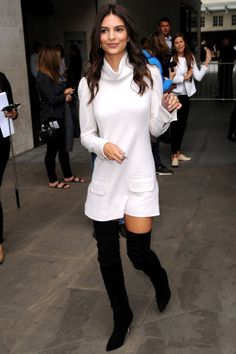 From dresses to knits, the white turtleneck has arrived and is going nowhere. Emily Ratajkowski—as per usual—demonstrates how this silhouette can come with a serious side of sexy.