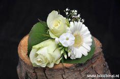 #Corsage voor de #Bruidegom https://www.bissfloral.nl/blog/2016/02/26/corsage-voor-de-bruidegom-2/