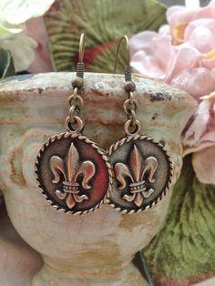 Fleur de Lis Earrings by thronejewelry on Etsy, $32.00