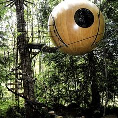 Une cabane comme une bulle dans les arbres - Marie Claire Maison