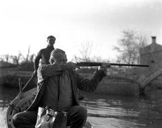 Ernest Hemingway, Veneza, Itália – 1954. (Archivio Cameraphoto Epoche/Getty Images)