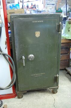 Gun Safe Antique Safe Vault Heavy Big Large Antique Safe