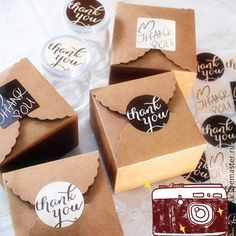 Mini Kraft paper cookie package box at by yanfengpaint - isabella home Cake Boxes Packaging, Brownie Packaging, Baking Packaging, Dessert Packaging, Food Packaging Design, Soap Packaging, Packaging Ideas, Diy Cookie Packaging, Dessert Boxes