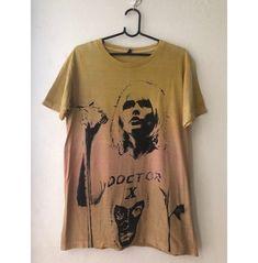 Paramore Merch, Tie Dye T Shirts, Tee Shirts, Band Shirt Outfits, Vintage Rock Tees, Skater Shirts, Retro Band, Skater Girl Outfits, Tee Design
