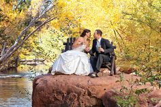Outdoor Sedona wedding venues | beautiful idea for engagement photos!!!!