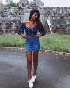 Are you looking for more summer outfit ideas to wear this season? Here are fun and trendy summer skirt outfits you need to try before summertime runs out. Cute Summer Outfits, Spring Outfits, Trendy Outfits, Casual Summer, Chic Outfits, Summer Dresses, Summer Work, Summer Street, Summer Clothes