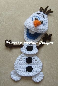 Warm Hugs & A Snowman...What Could Be Better?   Pattern is rated Intermediate.  This is a customizable pattern, designed so you can make jus...