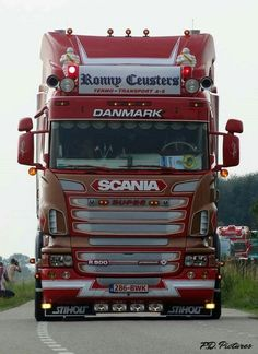 DameX - Google+ Used Trucks, Big Rig Trucks, Rc Trucks, Trucks For Sale, Cool Trucks, Train Truck, Road Train, Transport Pictures, Customised Trucks