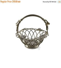CLEARANCE Godinger Silver Plate, Wire Fruit Bowl, Silver Centerpiece, Silver Wedding, Metal Basket, Silver Wire Basket, Bread Basket, Grapev