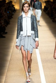 Fendi Spring 2015 Ready-to-Wear Collection - Vogue