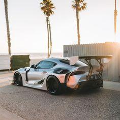 Best Jdm Cars, Toyota Supra Mk4, Slammed Cars, Cool Car Pictures, Wide Body Kits, Camaro Car, Street Racing Cars, Weird Cars, Tuner Cars
