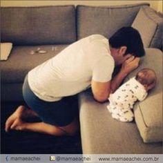 """A oração é o melhor presente que você pode dar a seus filhos. Eles prosperarão sob os cuidados e o poder de uma mãe ou pai que ora.    Separamos essa linda oração para você fazer com seu filho ou fazer """"pra"""" ela.    ORAÇÃO  Pai, ensina-me a orar por meus filhos e netos. Abençoa-os com o conhecimento de quem tu és e ajuda-os a viver de acordo com teus preceitos. Capacita todos eles a reconhecer os dons e os talentos que lhes deste e a seguir a tua orientação à medida que os desenvolvem e os…"""